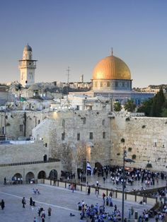 Dome of the Rock and Western Wall, Jerusalem, ISRAEL I really want to go to Israel.