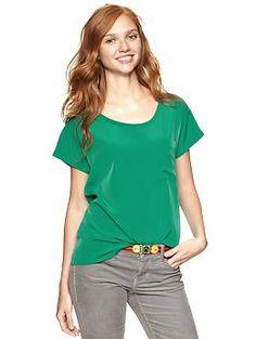 Fluid pocket T - Varsity Green