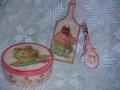 Είδη κουζίνας με ντεκουπάζ! Kitchen items with decoupage! Spoon Rest, Decoupage, Tableware, Dinnerware, Dishes, Place Settings