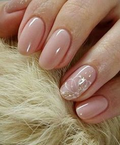 Manicure interesting ideas and novelties of the design Fashion - Nageldesign - Nail Art - Nagellack - Nail Polish - Nailart - Nails - Cute Easy Nail Designs, Short Nail Designs, Nail Art Designs, Nails Design, Accent Nail Designs, Cute Simple Nails, Pretty Nails, Simple Elegant Nails, Simple Wedding Nails