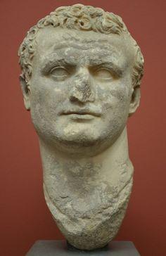 A portrait of Roman Emperor Titus (reign: 79 – 81), c. 80 CE. (Ny Carlsberg Glyptotek, Copenhagen)