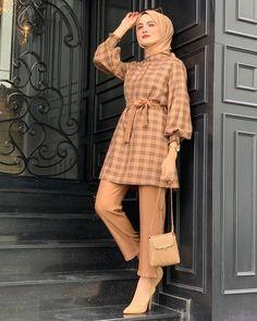 Hijab Fashion Summer, Modest Fashion Hijab, Modern Hijab Fashion, Muslim Women Fashion, Pakistani Fashion Casual, Modesty Fashion, Pakistani Dresses Casual, Hijab Fashion Inspiration, Abaya Fashion