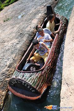 6/10 | Photo de l'attraction Cheyenne River située à La Mer de Sable (France). Plus d'information sur notre site http://www.e-coasters.com !! Tous les meilleurs Parcs d'Attractions sur un seul site web !!