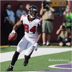 That touchdown ties Roddy White with Terance Mathis for the most TD catches in Falcons history (57). #ATLvsMIN #RiseUp