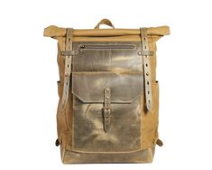 Waxed canvas backpack in Olive green Rolltop travel backpack Men's Backpack, Canvas Backpack, Leather Backpack, Leather Bag, Waxed Canvas, Canvas Leather, Winter Travel Outfit, Living At Home, Work Travel