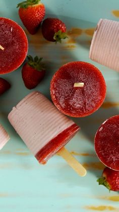 Tastemade Recipes Made easily in a plastic cup, these frozen strawberry treats are simple yet so tas Popsicle Recipes, Fruit Recipes, Indian Food Recipes, Smoothie Recipes, Sweet Recipes, Dessert Recipes, Cooking Recipes, Gelatin Recipes, Kreative Desserts