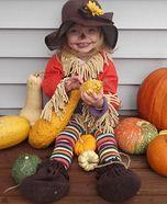 Scarecrow Baby Costume. #creativecostumes #halloweencostumes #kidscostumes