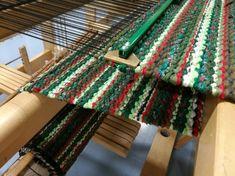 Elinan Erikoiset - Vuodatus.net Rya Rug, Fabric Rug, Tear, Korn, Color Inspiration, Carpets, Colour, Rugs, Sewing