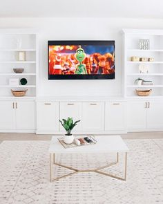 Interior Cabinet Designs To Beautify Your Living Room - Entertainment Ideas Built In Shelves Living Room, Built In Wall Units, Living Room Wall Units, Living Room Cabinets, Living Room Interior, Home Living Room, Living Room Designs, Living Room Decor, Built In For Tv