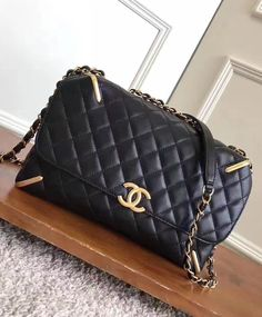 #Chanel Quilted Lambskin Flap Bag With Gold Metal A93818 Black