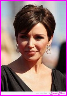 short girl hair styles 47 best dorothy hamill hairstyles images 2295 | a0fb2426e5c2295f418a9ecf23ac455a
