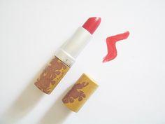 COULEUR CARAMEL: Rossetto 261 Rose Gourmand, per labbra confortevolmente colorate