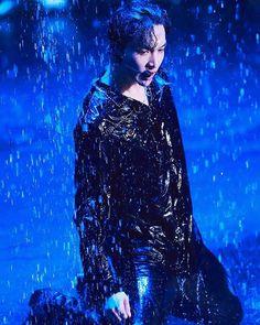 🌌 LAY [ ⭐ EXO ⭐ ] 💕 🌠 #Lay #Yixing #ZhangYixing  #Chanyeol #ParkChanyeol #BaekHyun #ByunBaekHyun #Sehun #OhSehun #Kai #Jongin #KimJongin #Suho #KimJoonMyeon #Do #Kyungsoo #Chen #Jongdae #KimJongdae #Xiumin #Minseok #KPOP #Artist #Singer #Vocalist #EXO #EXOL #boy #amazing #handsome