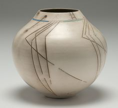 Potters' Market: Mark Kuzio Untitled Vessel. ca, 1990.  (6/4/2011 - Cowan's+Clark+DelVecchio Ceramics Auction)