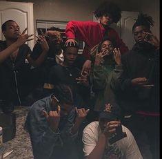 Loaded up hoe Fine Boys, Fine Men, Squad Pictures, Boy Squad, Cute Black Boys, Handsome Black Men, Best Friend Goals, Friend Photos, Thug Life