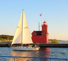 Michigan Lighthouses | The Holland State Park lighthouse - Holland, Michigan (MI) photo
