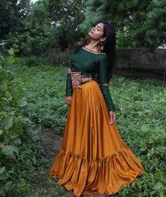 Mustard Yellow And Dark Green Simple Chaniya Choli Choli Blouse Design, Choli Designs, Lehenga Designs, Kurta Designs, Blouse Designs, Garba Dress, Navratri Dress, Lehnga Dress, Indian Designer Outfits