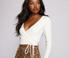 Clothes For Sale, Dresses For Sale, Clothes For Women, Teen Fashion Outfits, Trendy Outfits, Cheap Crop Tops, Sexy Blouse, Discount Dresses, Womens Clothing Stores