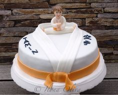 Karate Cake                                                                                                                                                                                 Más