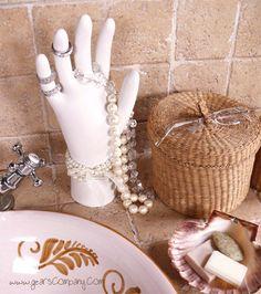 Como fazer mostruário manequim de anéis de gesso para vitrines de lojas de semijóias e bijuterias ~ VillarteDesign Artesanato