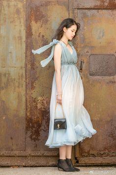 Tiffany Tang, Sun Solar, Meteor Garden 2018, Romantic Outfit, Autumn Garden, Asian Fashion, Red Velvet, Wrap Dress, Kai