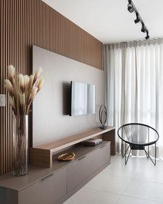Apartment Interior, Living Room Interior, Home Living Room, Living Room Decor, Living Room Ideas With Tv, Living Room Lighting, Home Room Design, Home Interior Design, Living Room Designs