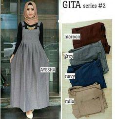 Gita Overall Ready : - navy - maroon - milo - grey Bahan Supernova by Baju Wanita Casual Hijab Outfit, Hijab Dress, Blouse Dress, Hijab Fashion, Fashion Dresses, Muslim Women Fashion, Boucle Coat, Hijab Stile, Overalls Outfit