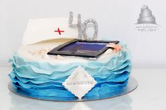 Waves and Ipad cake :)