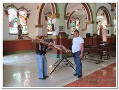 Procesión del Viernes Santo, Caicedonia 2013 by Manuel Tiberio Bermudez, via Behance
