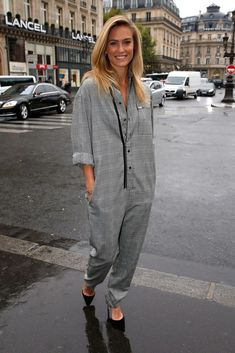 Celebrity ideas for how to wear a jumpsuit, including looks from Taylor Swift, Kendall Jenner, and Bar Refaeli. Click to see all the pictures!