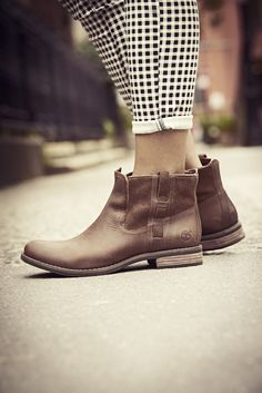 timberland earthkeeper chelsea boots ladies