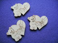 Scrapbooking - 3 Bären mit Herz,Holz,4,5x3,5cm - ein Designerstück von Material-Lager bei DaWanda