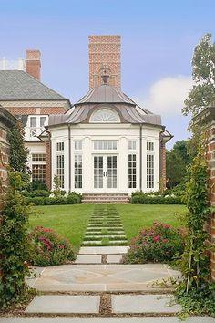 conservatory? ▇ #Home #Design #Architecture http://www.IrvineHomeBlog.com/HomeDecor/ ༺༺ ℭƘ ༻༻ Christina Khandan - Irvine California