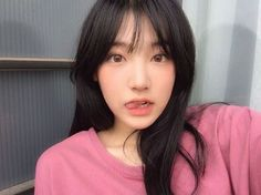 Uzzlang Girl, Girl Face, Asian Woman, Asian Girl, Korean Face, Ulzzang Korean Girl, Hairstyles With Bangs, Haircuts, Pretty People