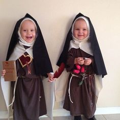 Catholic Kids - costumes for All Saint's Day or Halloween - Catholic Kids, Roman Catholic, Catholic Homeschooling, Catholic Saints, Little People, Little Ones, Saint Costume, Religion, Santa Teresa