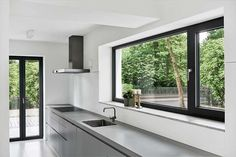 Marvin's Aluminium Casement Windows Embody Contemporary Style And Ultimate Performance With Virtually Unlimited Design Options At Your Disposal. Aluminium French Doors, Aluminium Windows And Doors, Casement Windows, Contemporary Windows, Modern Windows, Kitchen Room Design, Luxury Kitchen Design, Aluminum Windows Design, Kitchen Glass Doors