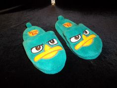 Size 9/10 Toddler. Phineas and Ferb slippers. Retail for $4.99 and UP.  Currently listed on www.desertphoenixonline.com for ONLY $1.99. 1 available!
