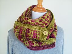 Hedgerow Jam Cowl - knitting pattern by OwlCat Designs. malabrigo Rios. Lettuce and Jupiter colorways.