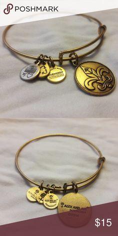 Alex & Ani Fleur de Lis Gold Bracelet EUC. Fleur de Lis bracelet in the gold finish. Alex and Ani Jewelry Bracelets