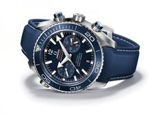 By Land and Sea: 5 Top Dive Watches for Men. Explore the ocean with these beautiful pieces created to last both under and above water!