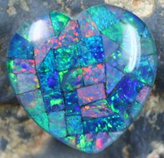 14.45 CTS TOP QUALITY HEART MOSAIC OPAL ELECTRIC COLOR PLAY C5502  opal chips, opal chips , mosaic  fire opal ,