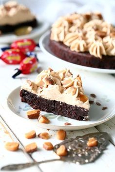Ice Cream Pies, Piece Of Cakes, Food Inspiration, Sweet Tooth, Food Porn, Food And Drink, Sweets, Chocolate, Baking