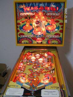 """1975 Wizard """"Bally """" Pinball Machine"""