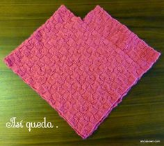 Ponchito Tejido A Dos Agujas – Alicia's Own Picnic Blanket, Outdoor Blanket, Knit Baby Dress, Weaving Patterns, Knitted Poncho, Baby Knitting, Blog, Braids, Baby Winter