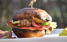 Raw Portobello and Shallot Burger [Vegan] | One Green Planet
