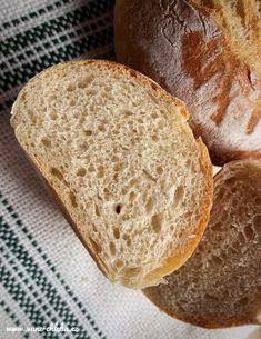 žloutky Bread, Food, Brot, Essen, Baking, Meals, Breads, Buns, Yemek