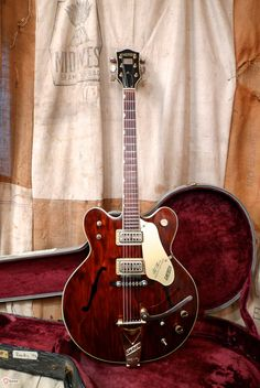 Catch of the Day: 1967 Gretsch Country Gentleman | The Fretboard Journal: Keepsake magazine for guitar collectors