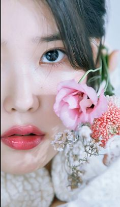 Discovered by Miss Ayuu. Find images and videos about beautiful, kpop and aesthetic on We Heart It - the app to get lost in what you love. Korean Beauty Girls, Korean Girl, Asian Beauty, Haikou, Manga K, Iu Twitter, Korean Celebrities, Korean Actresses, Beautiful Asian Girls