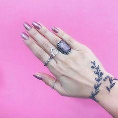 #Laysla #tattoo #feminina #God #Ramos