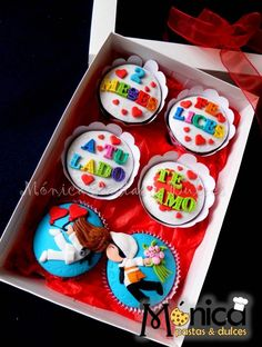 Cupcakes Médico e Ingeniero, con detalles únicos en ellos, visita la página de Monica Pastas y Dulces